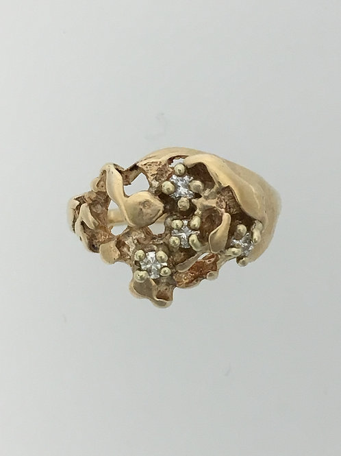 14k Yellow Gold and .08 Diamond Nugget Ring Size - 4