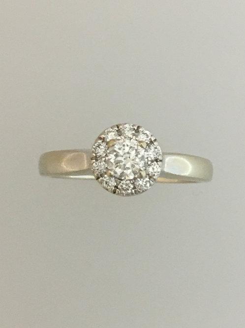 14k White Gold .28 Diamond Ring Size - 7 1/4