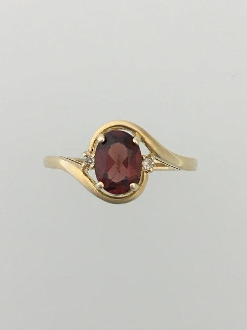 14k .70 Garnet .01 Diamond Ring Size - 6 1/2