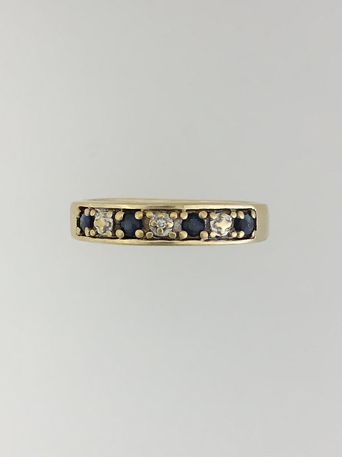 10k Yellow Gold .20 Sapphire and .01Diamond Ring Size - 7