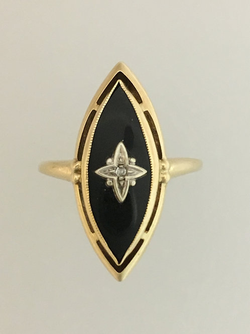 10k Yellow Gold Onyx and Diamond Ring Size - 9 1/2