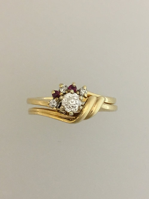 14k Yellow Gold .20 Diamond and Ruby Ring Size - 6