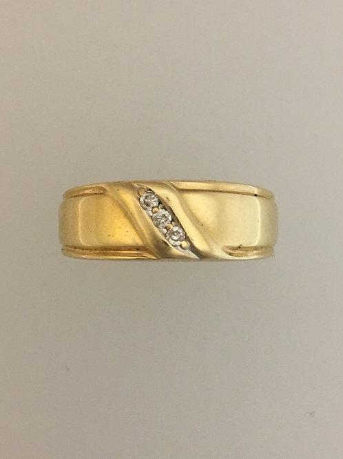 10k Yellow Gold .03 TW Diamond Ring Size - 8 1/2