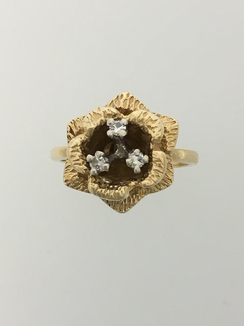 14kYellow Gold and .05 Diamond Ring Size - 5 1/2