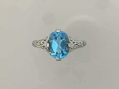 10k White Gold 1.5 Carat Blue Topaz Ring Size 5