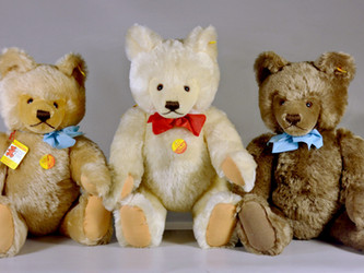 Featured Collection: Steiff Stuffed Animals