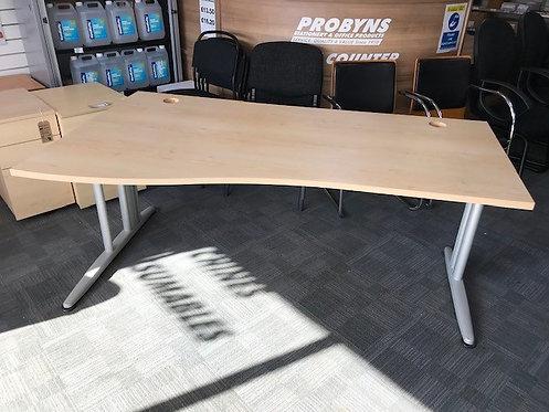 SENATOR - Right and Left-hand wave 1800 desk in MAPLE
