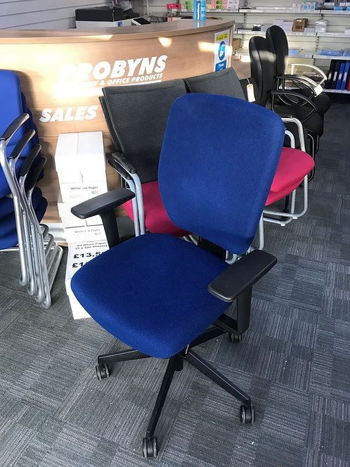 Senator Dash Blue operator armchair