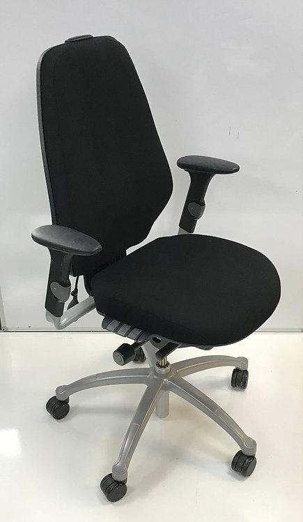 R H Logic 400 Black executive operator armchair