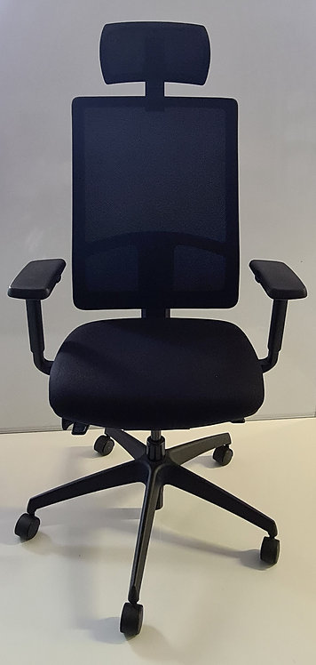 BOSS Design Black operator mesh-back armchair with headrest