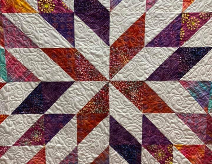 Pieced by Lori Hefner and Quilted by Fork Mtn Quilting