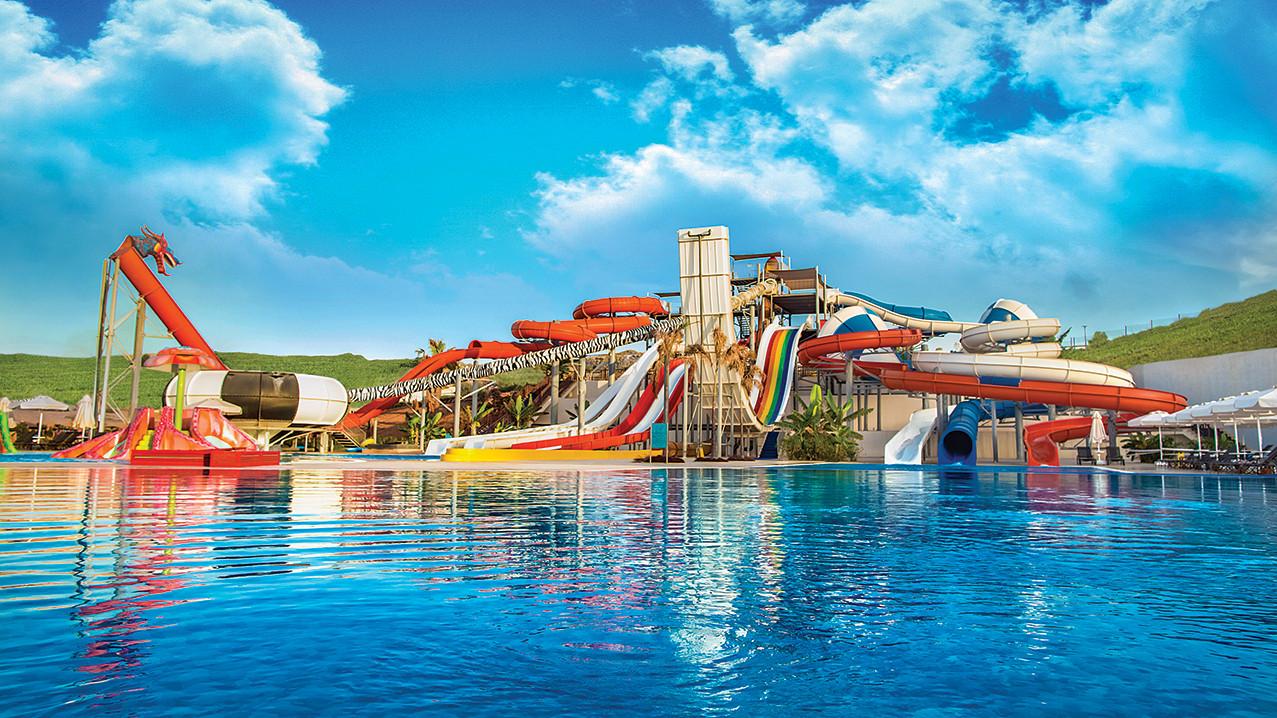 elexus-hotel-aquapark-1.jpg