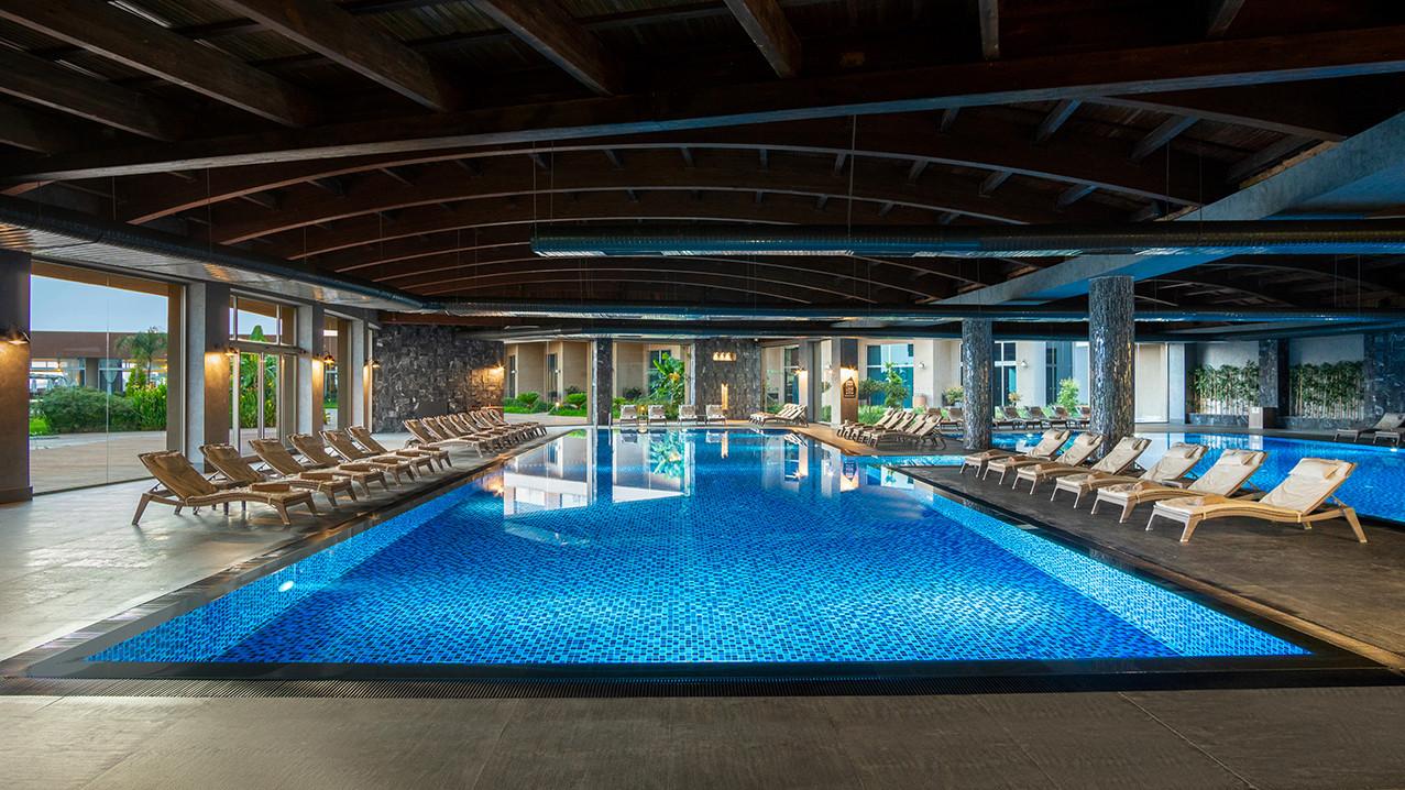 elexus-hotel-havuz-6.jpg