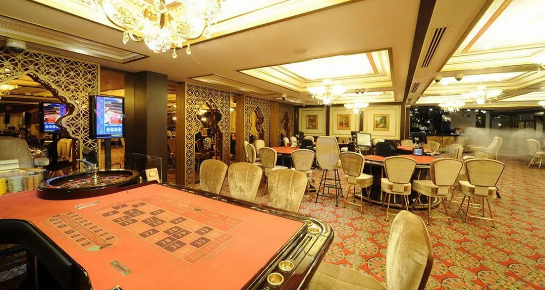 the-savoy-ottoman-palace-casino-casino-3