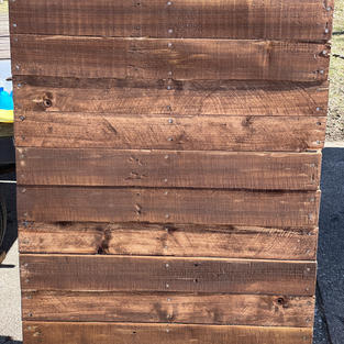 Stained Pallet backdrop 3' x 4'