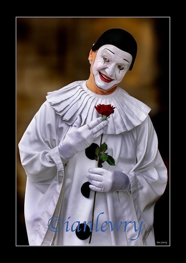 VENICE CLOWN WITH ROSE A3 PRINT 44511119