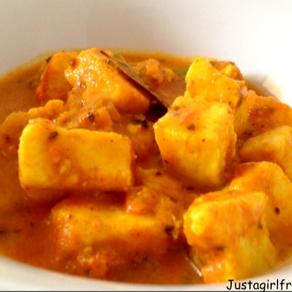My not so Makhani Gravy - Paneer in a tomato and yoghurt gravy