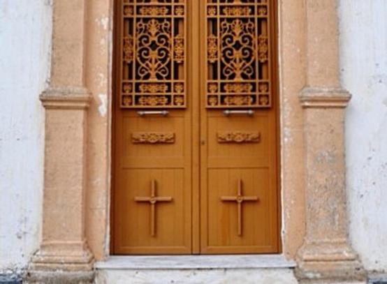Πόρτα εκκλησίας αλουμινίου Καραμηνάς