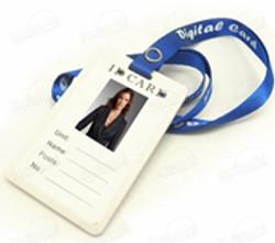ID-cardholder-with-inbuilt-spy-camera