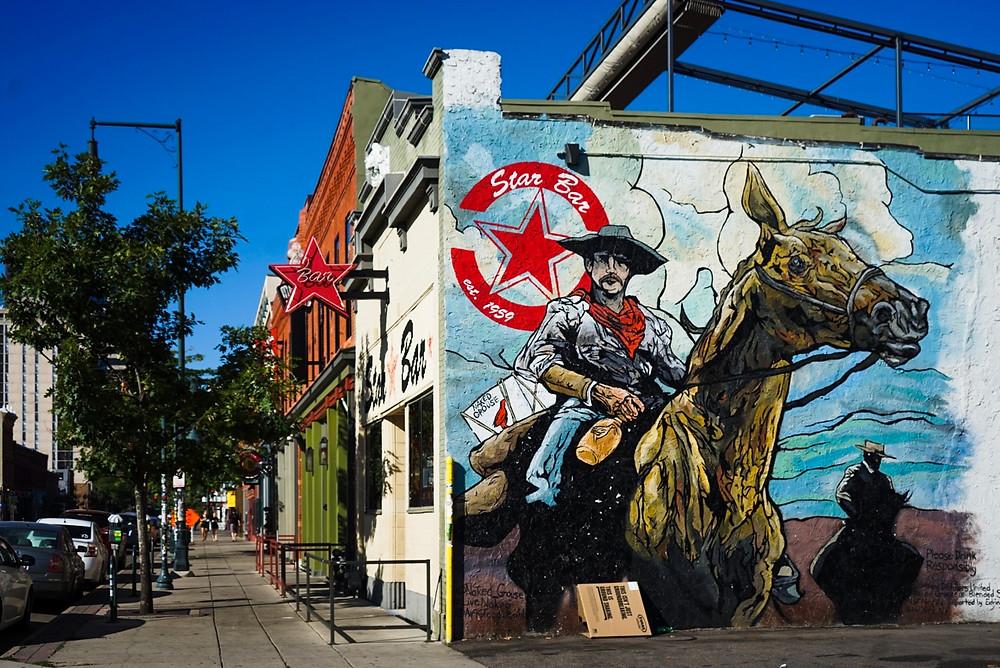 fresque murale typique de la ville de Denver