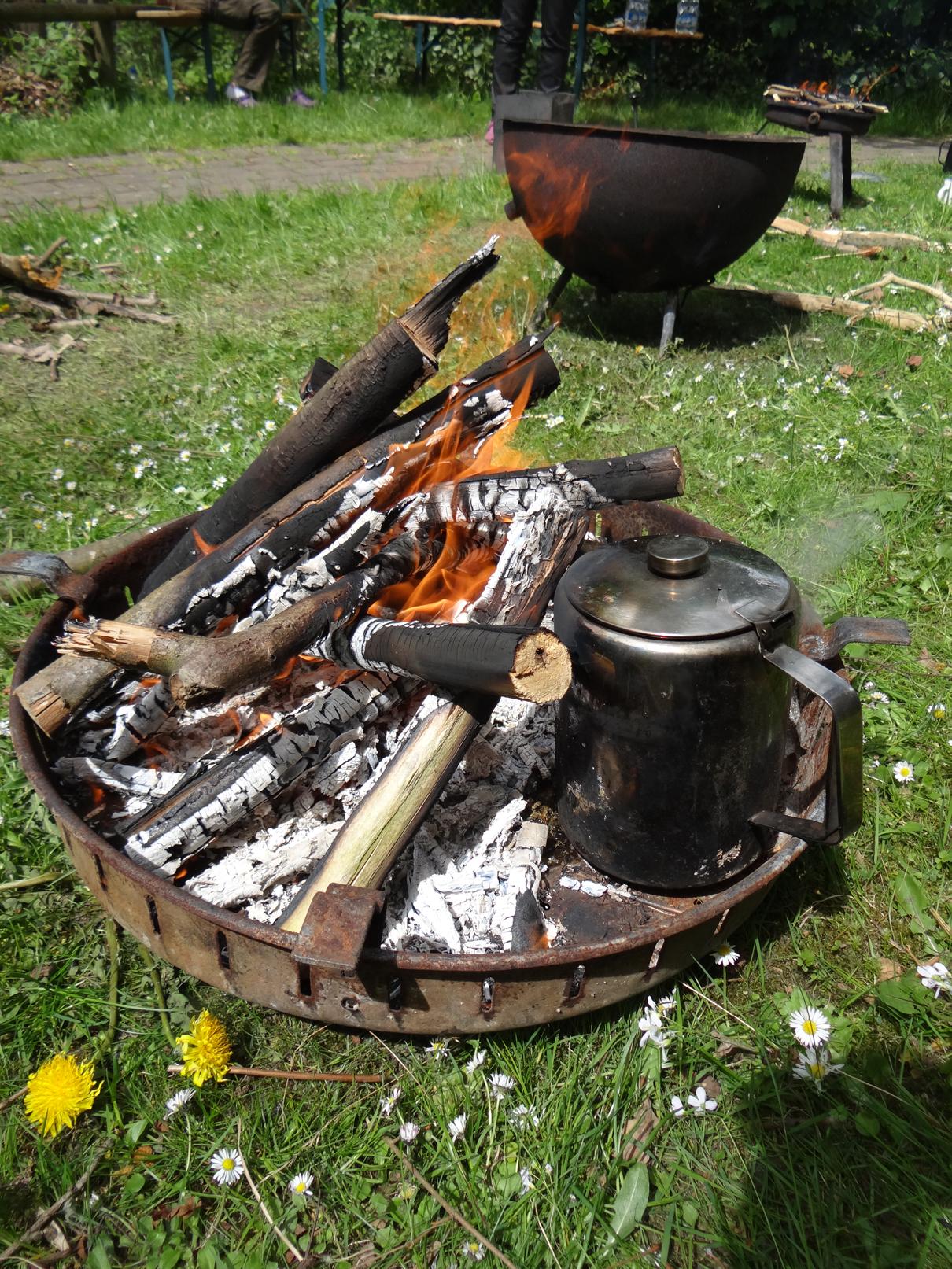Kaffeekochen auf dem Feuer!