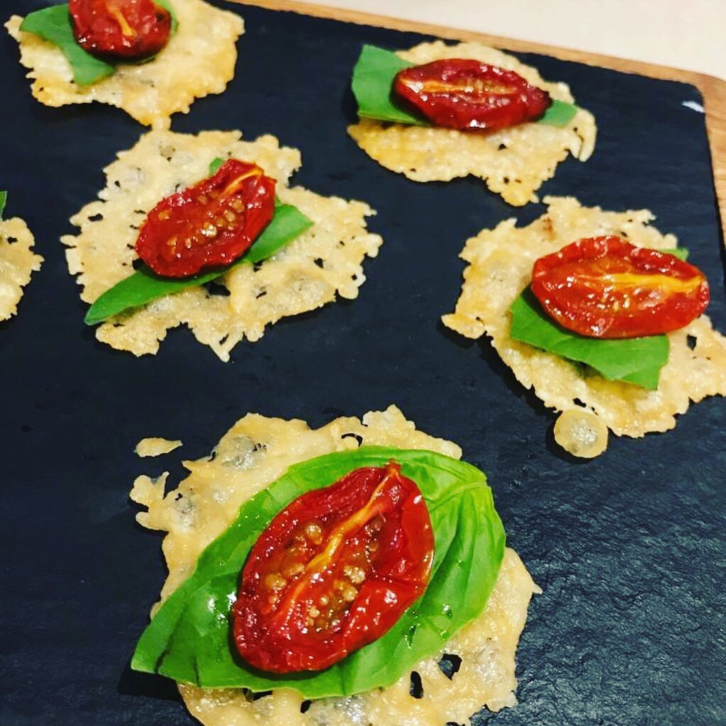 Parmesan crisps with oven dried tomatoes