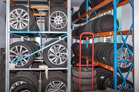 Used old car tires at warehouse. Auto Re