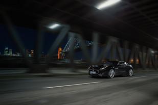 Automotiv_Jaguar_F-type_R_001_web.jpg