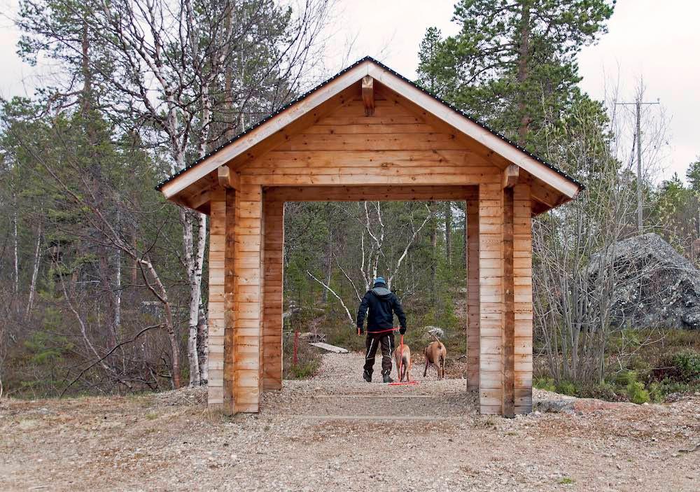 Finnland mit Hund: Pielpajärvi Wildniskirche