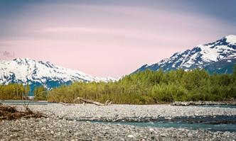 Alaska: Glacier streams