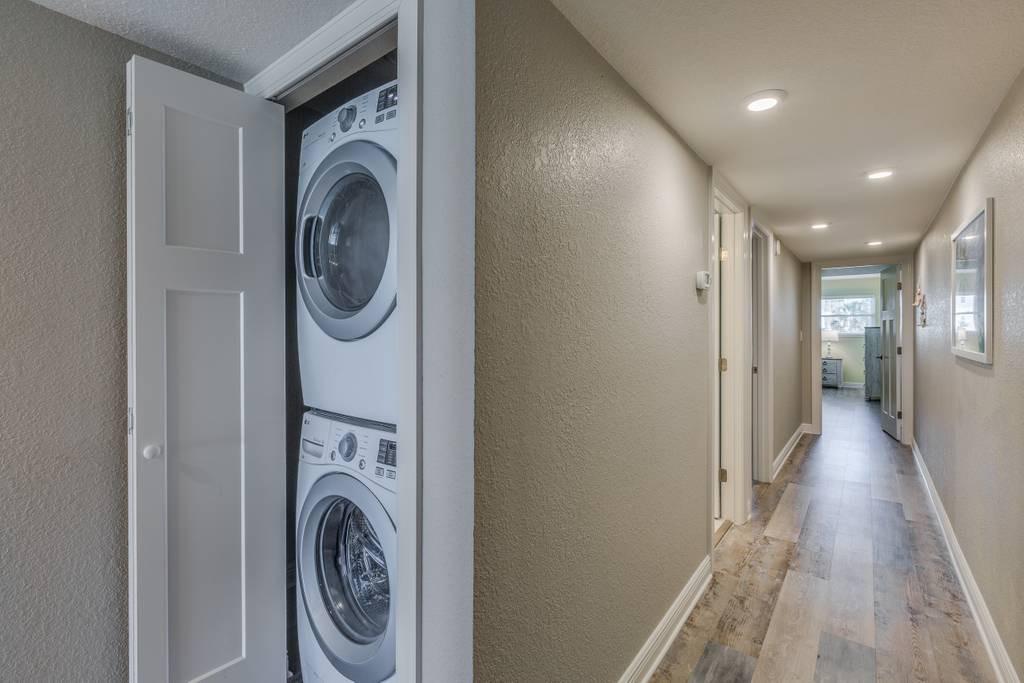 Hallway Washer & Dryer