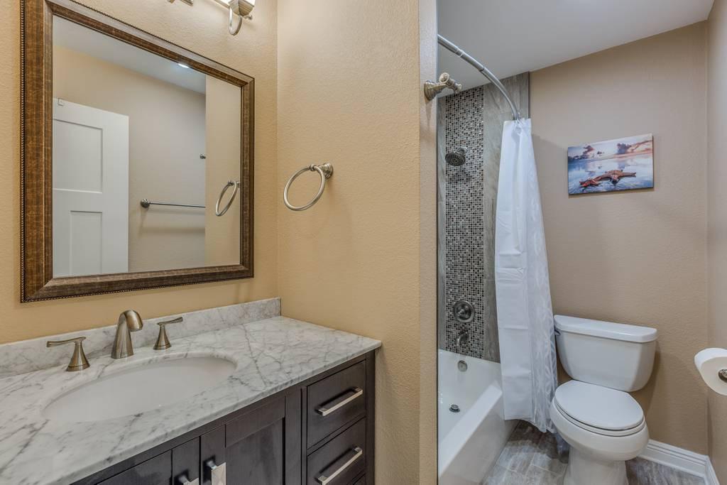 Hallway Bathroom Unit 3