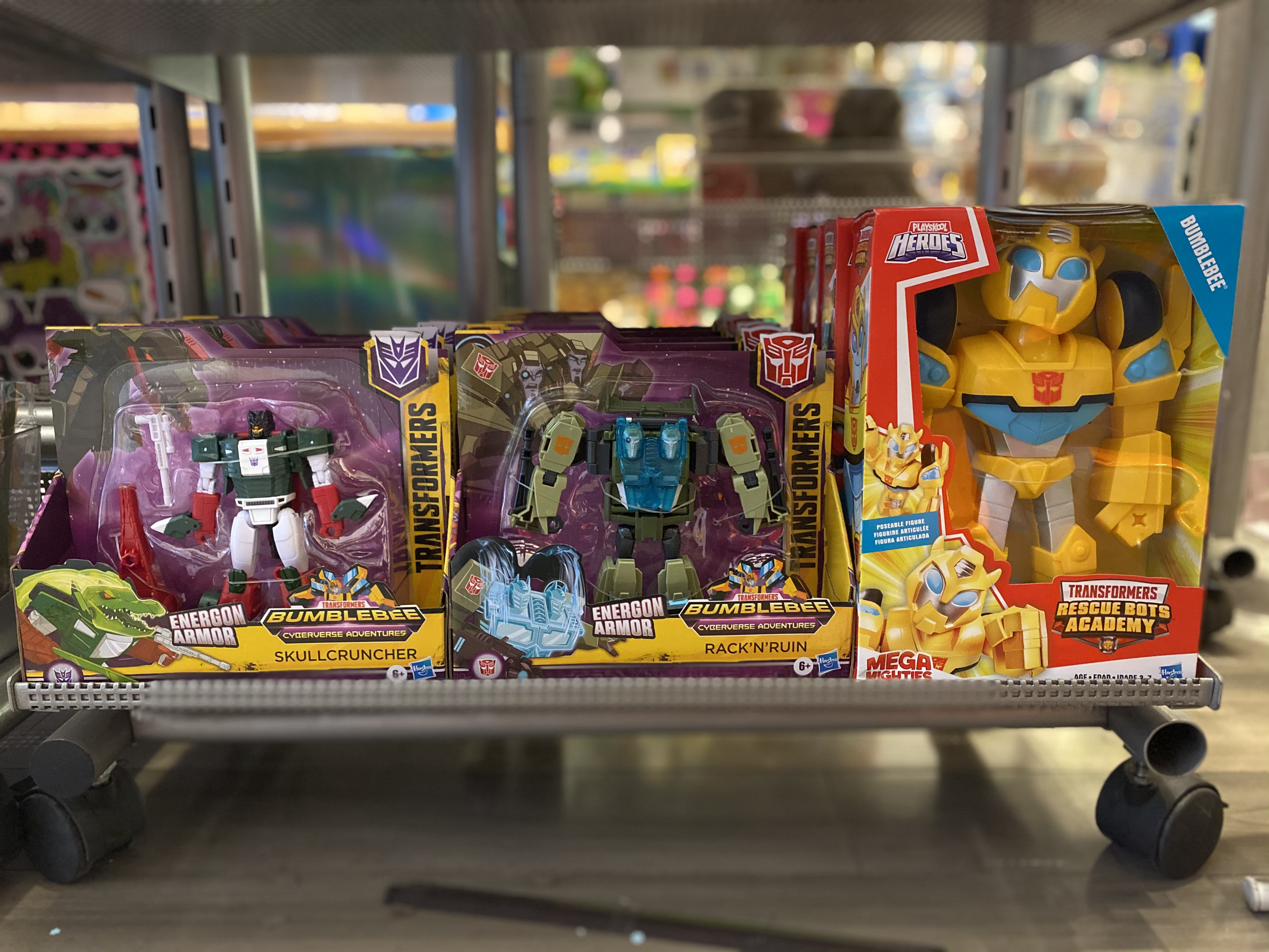 ACTION FIGURES TRANSFORMERS