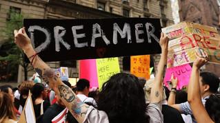 """LA FARSA DE LA AYUDA DE LA SEP A LOS """"DREAMERS"""" EN MEXICO"""