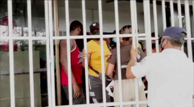 En Chiapas, gobierno de AMLO encarcela a niños migrantes en condiciones de hacinamiento