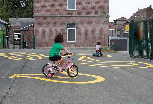 Fille_vélo_dos.jpg