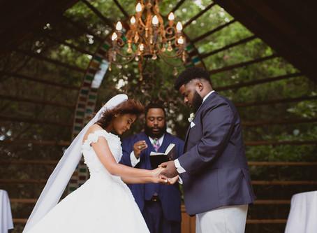 Intimate and Elegant Outdoor Wedding