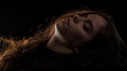 Julie Clair-obscur