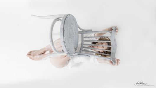 le corps et la chaise-11.jpg