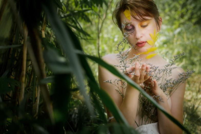 Gabrielle et les fleurs