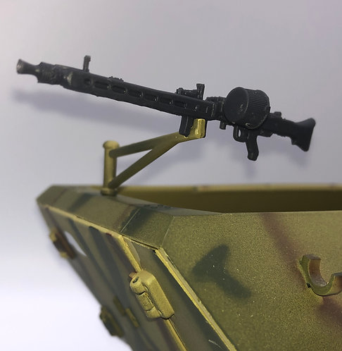 MG42 for 21st Century 251 Halftrack