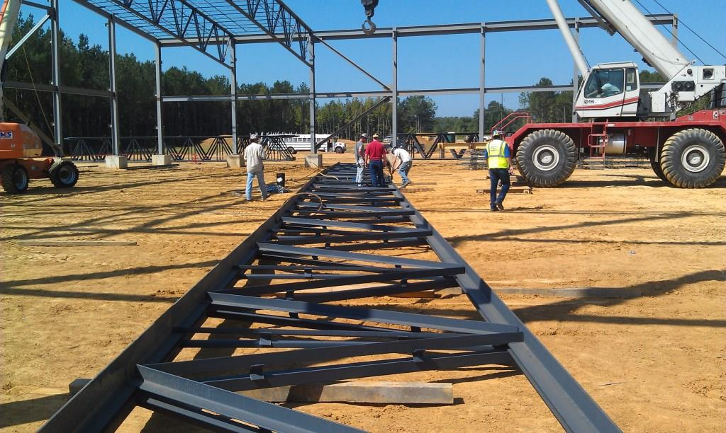 MS Silicon Assembling Roof Truss for Erection.jpg