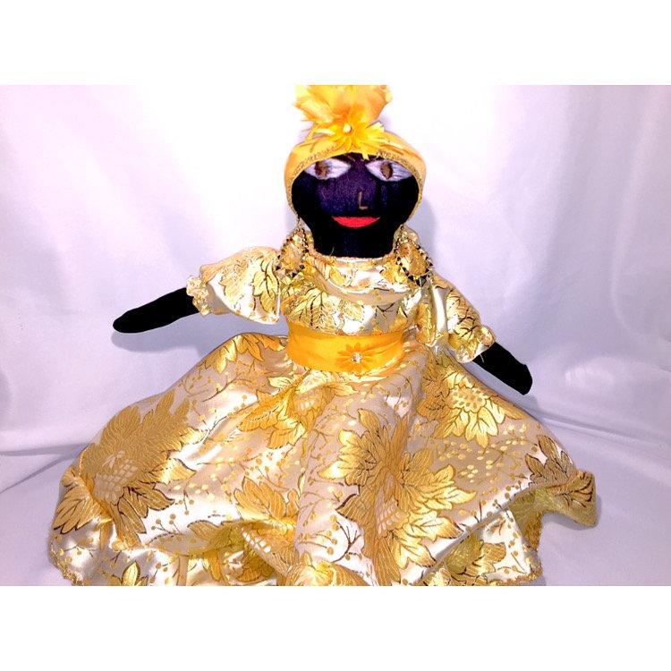Small Santeria / Madama Doll