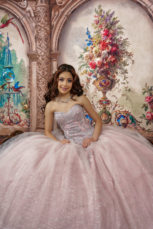 Quinceañera Studio Photo Session