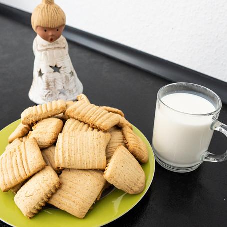 Knusprige Butter Kekse mit Honig