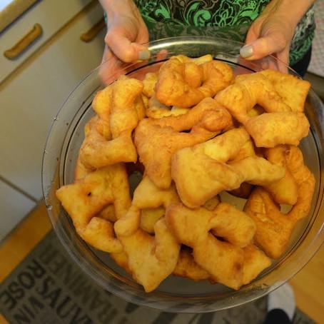 Krepli / Krebli - Frittierte Kuchen
