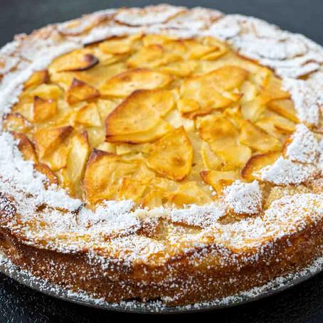 Einfacher Apfelkuchen mit wenig Zutaten