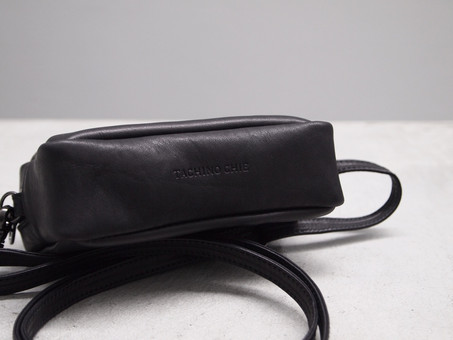 TACHINO CHIE Ringing pouch