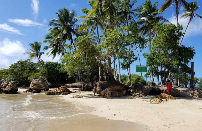 segunda-praia-ilha-da-saudade.jpg