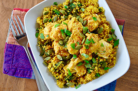 Lemony Kale Quinoa With Turmeric And Chicken